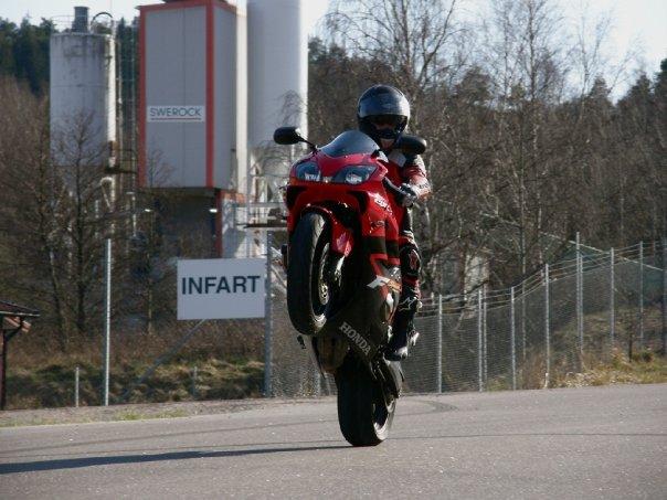 Honda CBR 600 Bakhjul