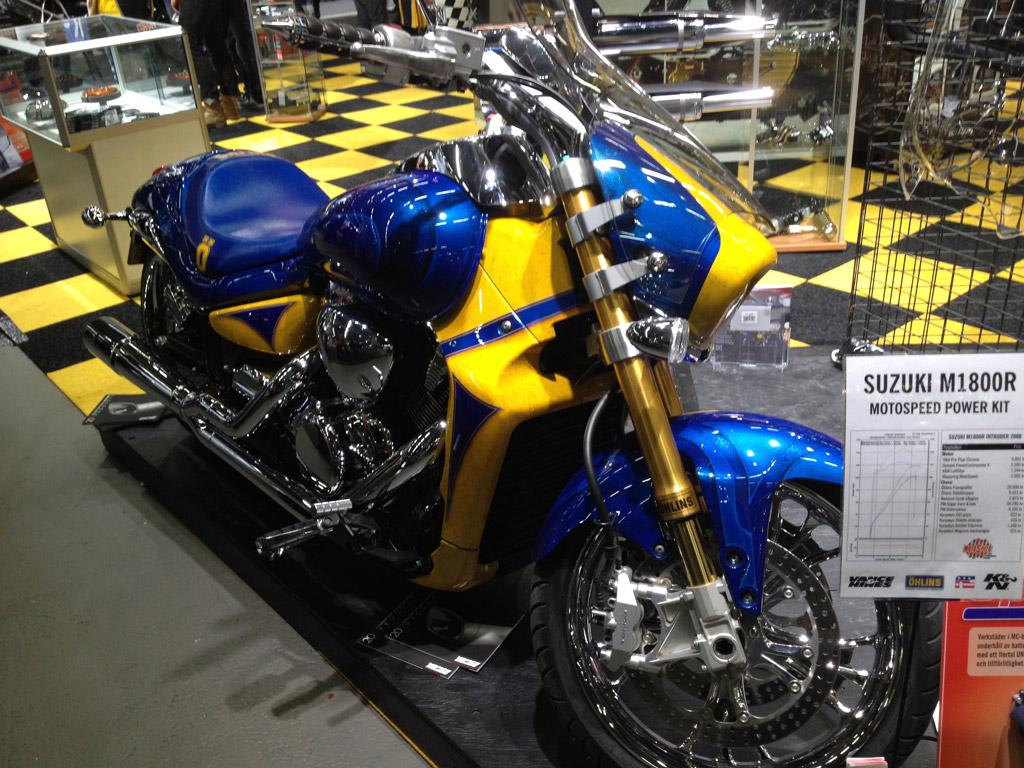 Suzuki-M1800R-2013